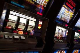 Gamblers Like Either Skill Games Like Poker or Slots and Keno, Rarely Both