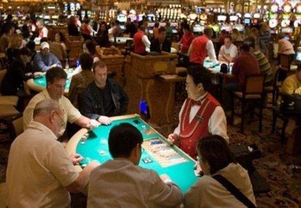 Blackjack Dealer Injured in Real Combat