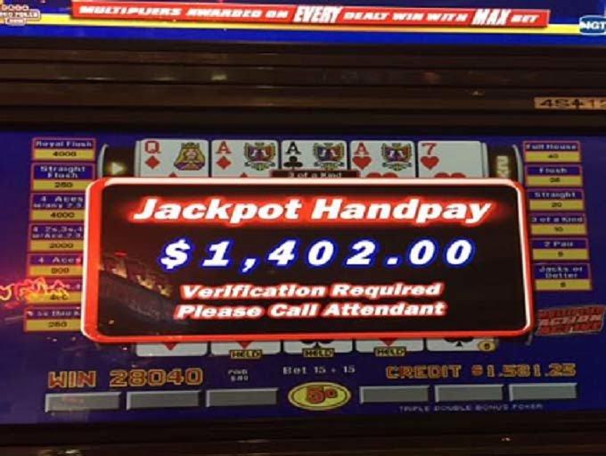 Harrah's Laughlin Casino & Hotel Review